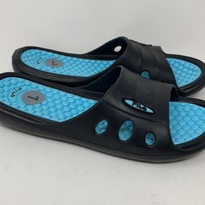 Sz7 Fila Blue/Black Slides New